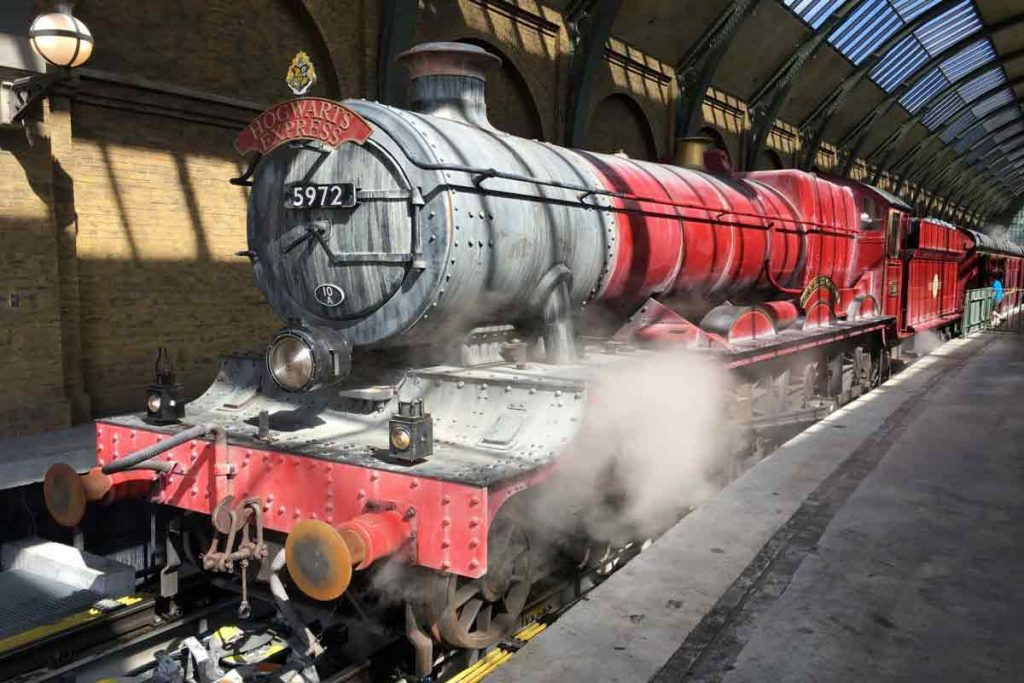 Hogwarts Express in Harry Potter is one of the most iconic example of Britain in films and dramas