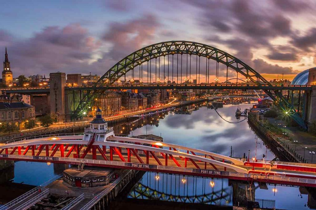 Tyne Bridge, guide to Newcastle upon Tyne